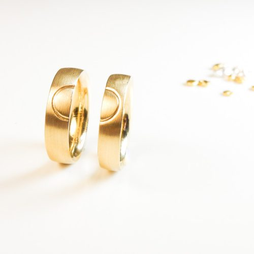 schmuckwerkstatt-freiburg-goldschmiede-trauringe-gold-2